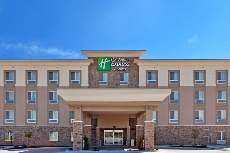 Holiday Inn Express Topeka North