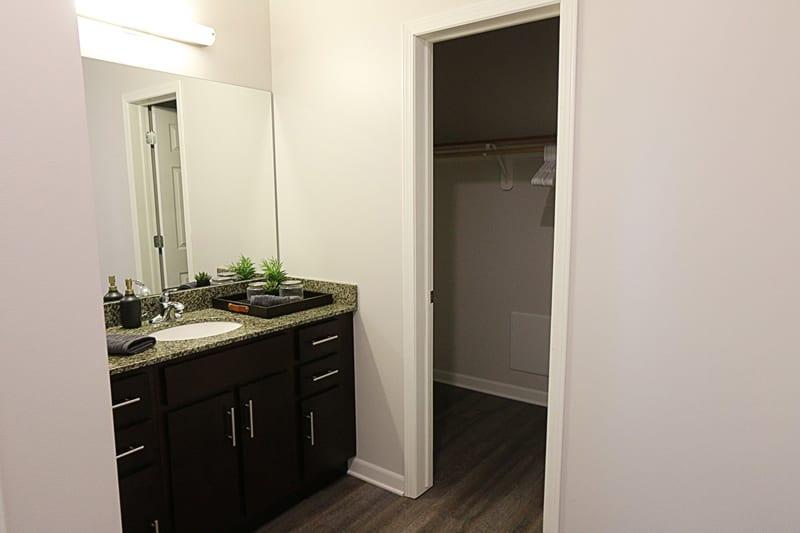 Nichol Flats Apartments