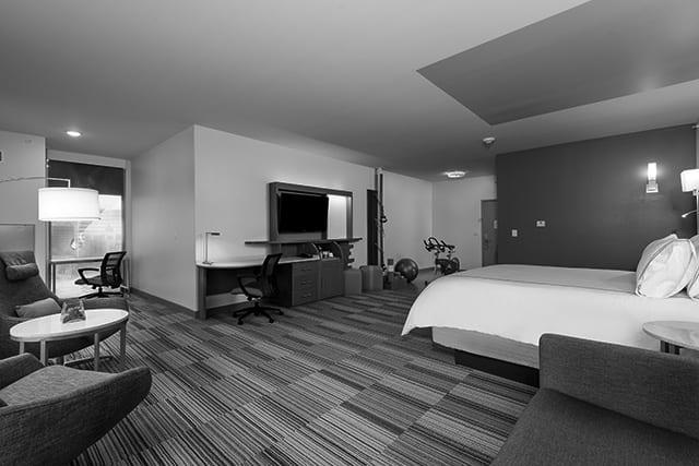 Even Hotel Omaha Suite
